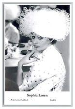Sophia Loren (C) Swiftsure Postcard year 2000 modern print 20/111 glamour photo