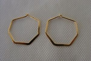 14K Solid Yellow Gold Seven Sided Flat Hoop Earrings Hallmarked 14K .6 grams