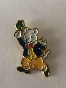 RUPERT BEAR Collectable Badge * RUPERT's friend Willie Mouse * vgc