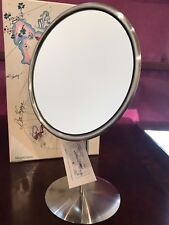 Magnifique 7x Magnifying Round Stand Mirror - 6""
