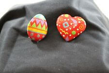 Lot of 2 hand painted pins brooch Easter Egg & Heart signed by artist C. Jimison
