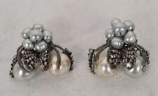 Earring Signed Mirian Haskel Vintage Faux Pearl Silver Grey Baroque Clip
