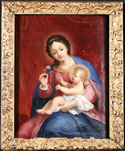 17th CENTURY ITALIAN OLD MASTER OIL ON PANEL - THE MADONNA & CHILD WITH FLOWER