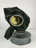 German WWII 1939 Female Issued Green VM-40 Gas Mask Respirator - VTG WW2