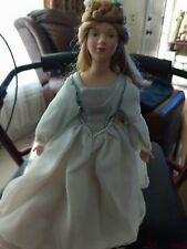 """Avon 1984 9"""" Cinderella Porcelain Doll"""