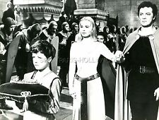 CORNEL WILDE  JEAN WALLACE LANCELOT AND GUINEVERE 1963  PHOTO ORIGINAL #2