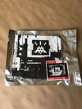 Invader/ Space Invader HK59 Blk T-Shirt Sz Lg  Sealed New Genuine
