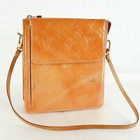 LOUIS VUITTON MOTT Pouch Shoulder Bag Purse Monogram Vernis M91034 Rose