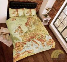 Sábanas y fundas de cama beige sin marca