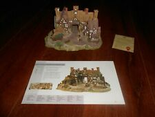 Lilliput Lane The Kings Arms 1990 w/ Box, Inner Case, Booklet, Deed Signed