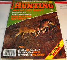 PETERSEN'S HUNTING MAGAZINE OCT. 1982 WHY DO THEY FIGHT? DEER HUNTING HOT SPOTS