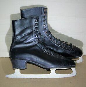 Schwarze Damen-Schlittschuhe, Größe 43 aus feinem Rindsleder, wenig getragen.