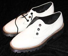 Shellys Londons 38 7 1/2 NUOVO bianco scarpe di vernice terrwyn OXFORD