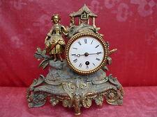 belle, antique horloge de cheminée__pendule__métal__