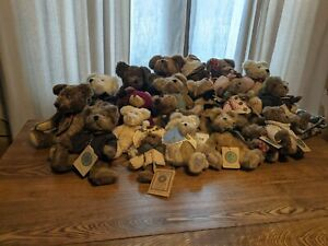 Boyds bears plush lot with blanket