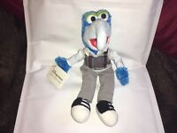 """DISNEY STORE EXCLUSIVE THE MUPPETS 10"""" GONZO SOFT TOY PLUSH TAGS"""
