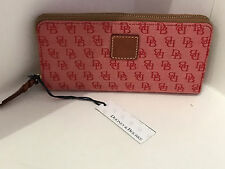 NEW ARRIVAL! DOONEY & BOURKE SIGNATURE LOGO JACQUARD RED ZIP AROUND WALLET $138