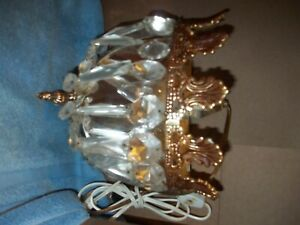 Vintage Italy Hollywood Regency style wall sconce with crystal prisms