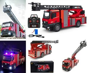 Huina 1561 RC Fire Truck w/ Water Cannon Lights & Sound 2.4 Ghz 1:14 Scale