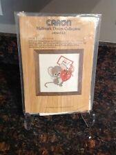 NIP Vintage Caron Crewel Kit MOUSE 6410 Mouse W/ Strawberry