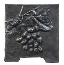 Cache-pot en étain Art nouveau aux grappes de raisins 1900