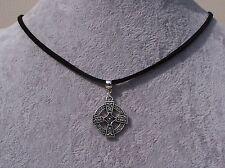 Tibetan Silver Celtico Croce Ciondolo Collana in pelle nera. fatti a mano