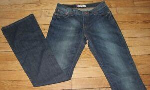 Levis 10529  Jeans  Femme W 27 - L 32  Taille Fr 36 (Réf # O037)