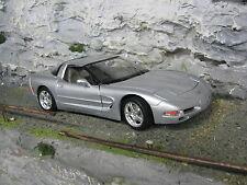 Bburago Chevrolet Corvette C5 1997 1:18 Silver