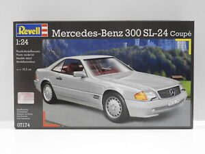 1:24 Mercedes-Benz 300 SL-24 Coupe Revell 7174