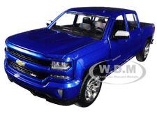2017 CHEVROLET SILVERADO 1500 LT Z71 CREW CAB BLUE 1/27 DIECAST MOTORMAX 79348