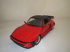Revell  Porsche  930  Turbo  (rot/schwarz)  1:18  ohne Verpackung !