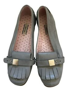 Paul Smith  Ladies Grey tasseled loafer driving shoes