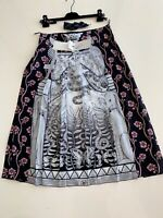 Gucci Silk graphic skirt.Rare.New with tags.Size IT 48