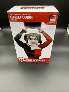 DC Comics Harley Quinn Red, White & Black Collectible Statue By Frank Cho