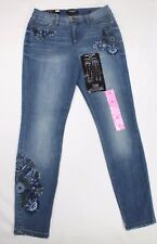 NINE WEST GRAMERCY FLORAL EMBROIDERED SKINNY JEANS COLOR REVIVAL VARIETY  SIZE