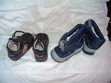 lot 2 paires de chaussures bébé p 19 ,disney  et go   occasion b Etat