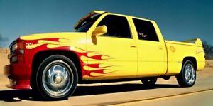 1997 Chevrolet C250 truck 1:18  Greenlight 19015 Yellow