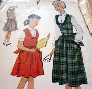 *LOVELY VTG 1950s GIRLS JUMPER & BLOUSE Sewing Pattern 12