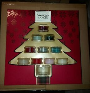 Yankee Candle Christmas 10 Tea Lights & 1 Holder Gift Set