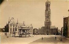 PHOTO HELAINE ND 260615 - BELGIQUE Bruges - la Grande Place - kiosque