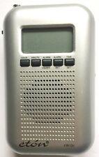 ETON BLACKOUT BUDDY POWER FAILURE EMERGENCY AM / FM BAND RADIO, LIGHT & CLOCK