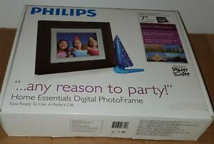 "Philips SPF3407D/G7    7"" Digital Picture Frame  BLACK NIB"