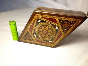 20c Parquetry inlaid Diamond Shaped Lidded Trinket Box Ornate & Unique Re-lined