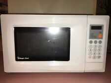 Magic Chef MCD770W .7 Cubic Feet 700-Watt Microwave With Digital Touch, White