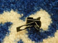 FORD CAPRI MK3 MK2 BROKKLANDS   BONNET RELEASE CABLE CLIP NOS GENUINE FORD X 1