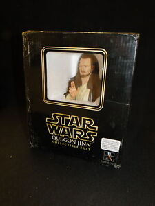 New Boxed STAR WARS - GENTLE GIANT QUI-GON JINN  BUST