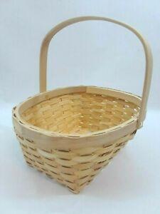 Weaved Easter Straw Basket with movable Handle Decorative Flower/Fruit Basket