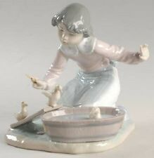 Lladro # 5959 ~ IT'S YOUR TURN ~ Girl With Chicks in Washtub Orig Box Mint!