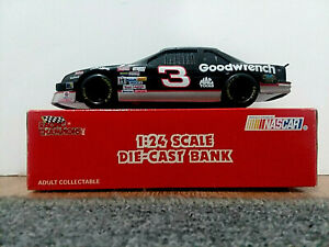 Dale Earnhardt #3 GM Goodwrench 1992 Chevrolet Lumina 1:24 Racing Champions Bank