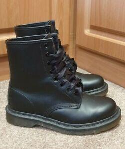 BRILLIANT! Dr Martens 1460 Black Matt Leather Boots Size UK 4